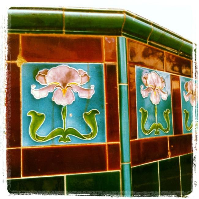 Just another tile on a pub corner......Liverpool St., Sydney, Australia